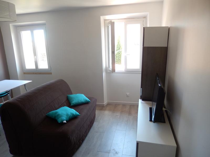 travaux de r novation d 39 un appartement nice un exemple photos en 9 tapes. Black Bedroom Furniture Sets. Home Design Ideas